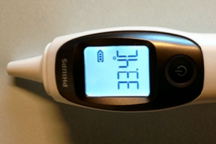 Wireless coexistence design ear thermometer