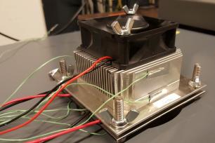 Peltier element test setup with